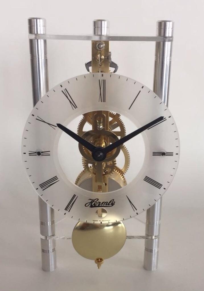 Настольные/каминные часы Hermle 23027-X40721